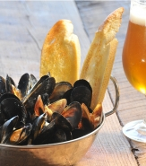 Mussels Brasserie - Garlic, Shallot, Thyme, EVOO, Chablis, Grilled Baguette